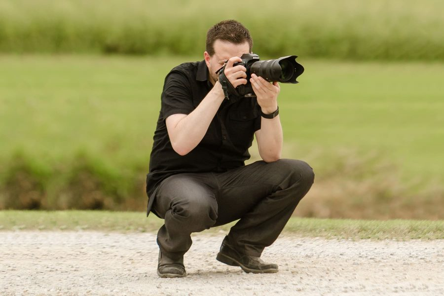 Toronto wedding photographer Ryan Visima hard at work
